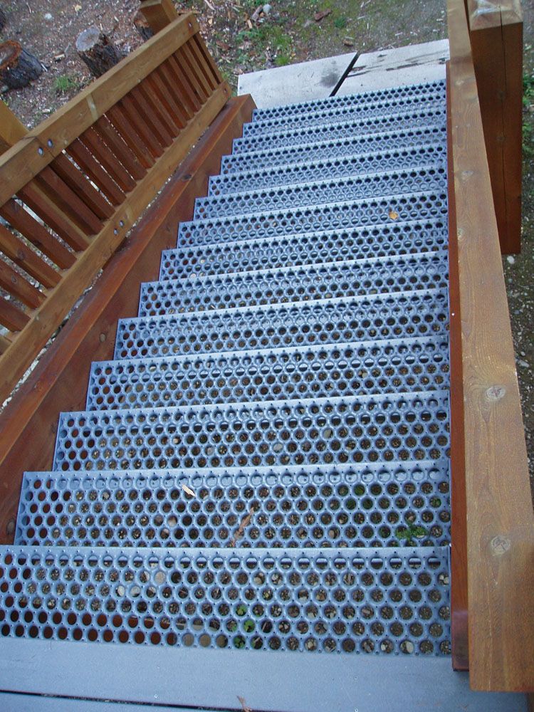 Author RichprohaskaPosted On October 27, 2006 Categories StairsTags Add New  Tag, Galvinized Steel Tread, No Slip6 Comments On Non Slip, Non Shovel, ...